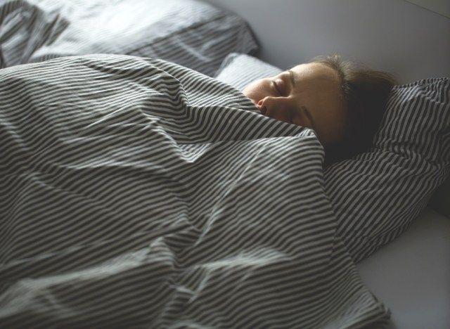 magab kulma ruumi poletada rasva